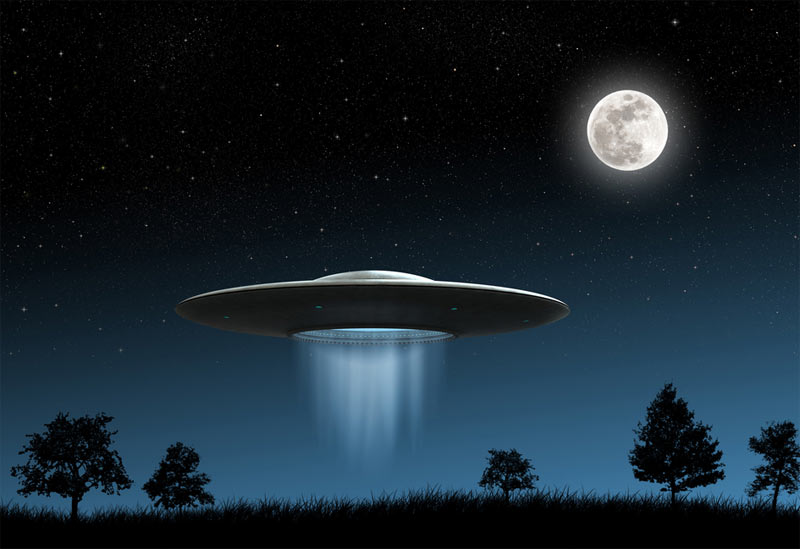 1356870592 ufo flying saucer