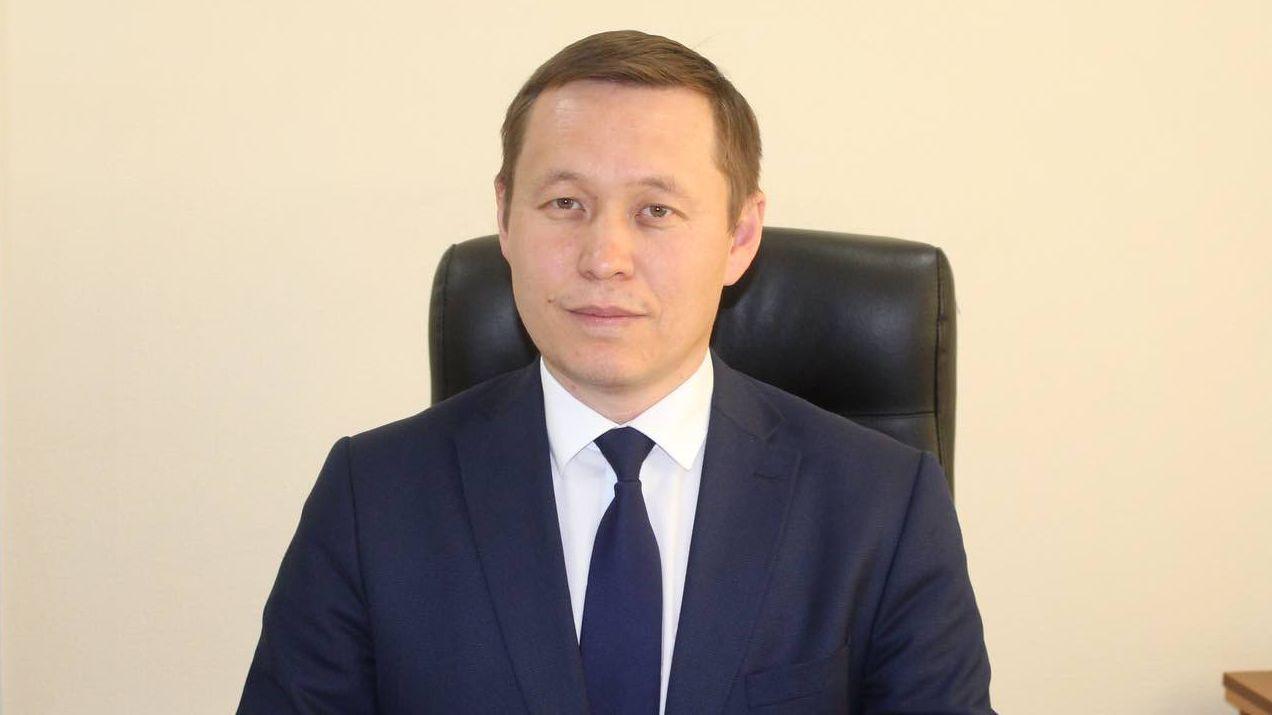 nukezhanov e.b
