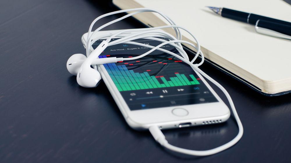 smartphone headphones music