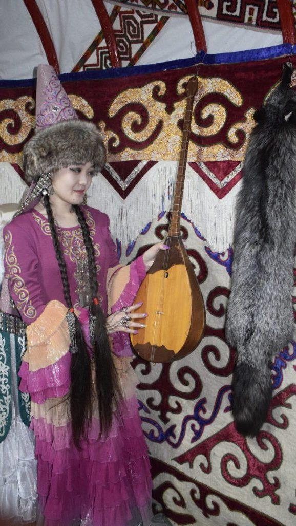 1. Nazerkem Abilxamitova e1559629936375